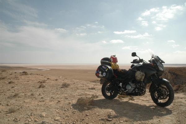 Suzuki Vstrom en el Sáhara