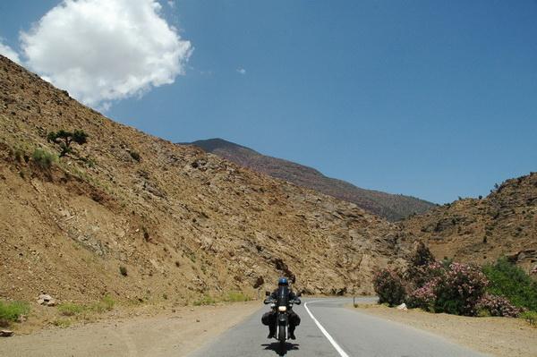 Carlos con la Yamaha XT