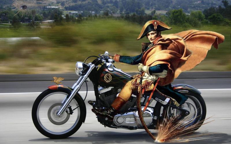 Napoleón en moto